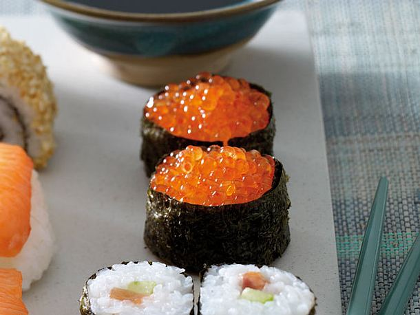 Gunkan-Sushi (gerolltes Sushi) Rezept
