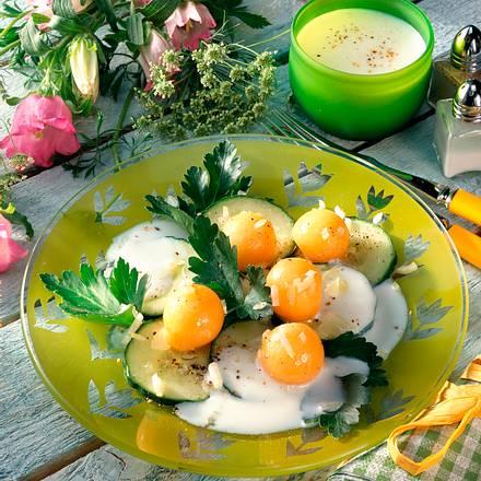 Gurke und Melone in Buttermilch-Dressing Rezept