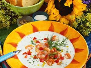 Gurken-Kaltschale mit Krabben Rezept