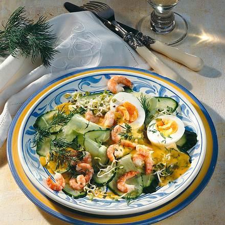 Gurkensalat mit Dill-Senfsoße Rezept