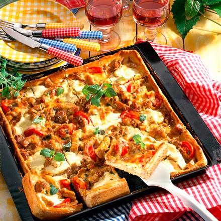 Gyros-Pizza vom Blech Rezept