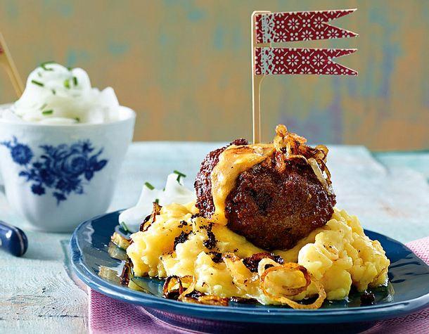 Hack-Obazda-Klopse mit Kartoffelpüree Rezept