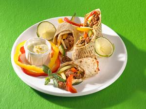 Hack-Zucchini-Wrap mit Currydip Rezept