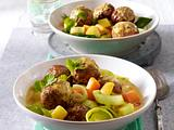 Hackbällchen-Curry mit Porree und Kürbis Rezept