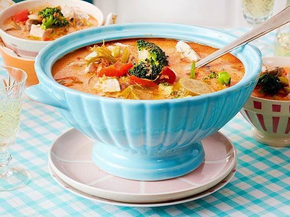 Hähnchen-Kokos-Suppe Rezept