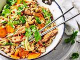 Hähnchen-Nudel-Pfanne mit Asia-Boost Rezept