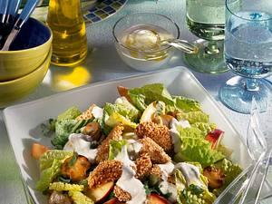 Hähnchen-Nuggets mit fruchtigem Salat Rezept