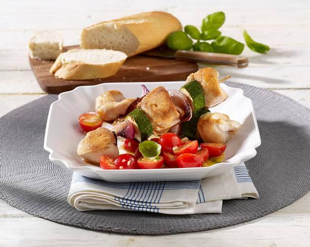 Hähnchen-Schaschlik mit Tomatensalat Rezept