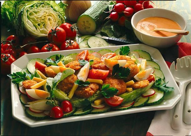 Hähnchen-Snackies-Salat Rezept