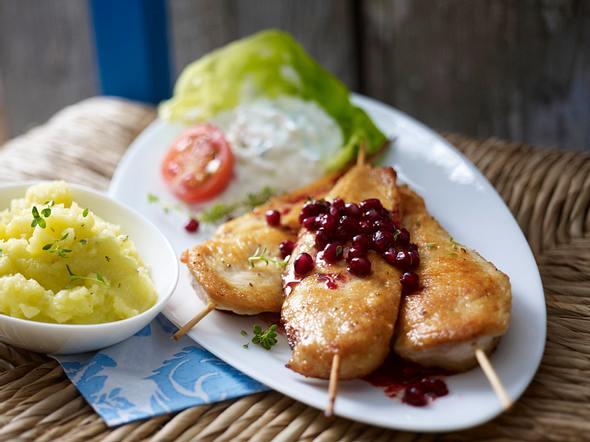 Hähnchen-Souvlaki mit Granatapfelsoße und Kartoffel-Knoblauch-Püree Rezept