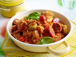 Hähnchen-Tomaten-Pfanne mit Salami Rezept