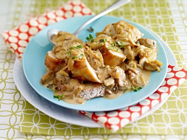 Hähnchenfilet mit Zwiebelsoße Rezept