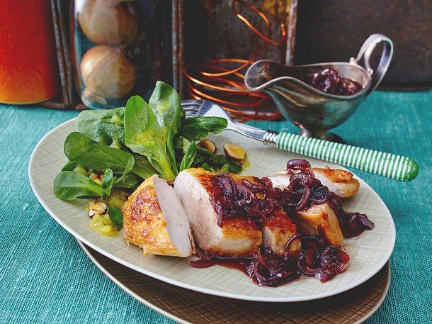 Zwiebelsoße zu Hähnchenbrust & Feldsalat Rezept