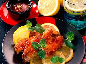 Hähnchenflügel mit Barbecue-Dip Rezept