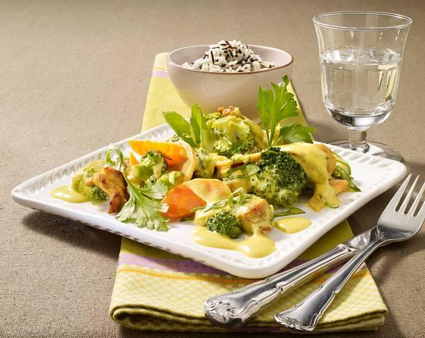 Hähnchengeschnetzeltes mit Broccoli und Möhren in Currysoße Rezept
