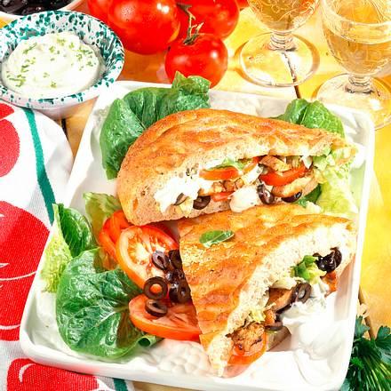 Hähnchengyros mit Salat in Fladenbrot Rezept
