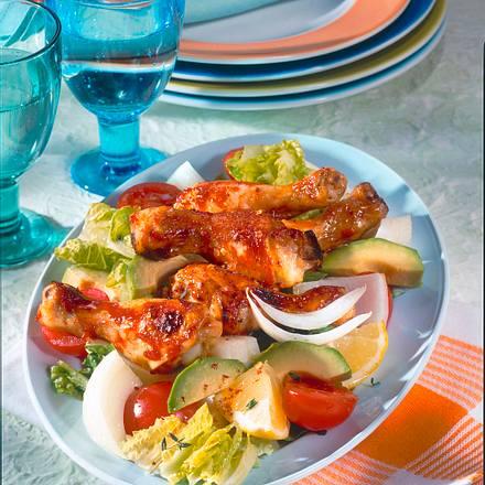 Hähnchenkeulen auf Salat Rezept