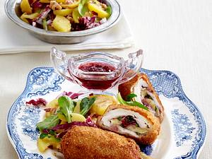 Hähnchenroulade mit Camembert und Preiselbeeren Rezept