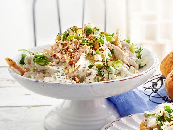 Hähnchensalat mit Mandeln Rezept