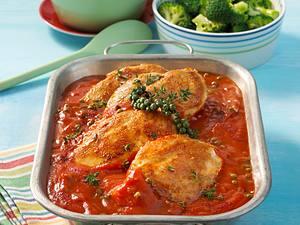 Hähnchenschnitzel in Tomaten-Pfeffer-Soße Rezept