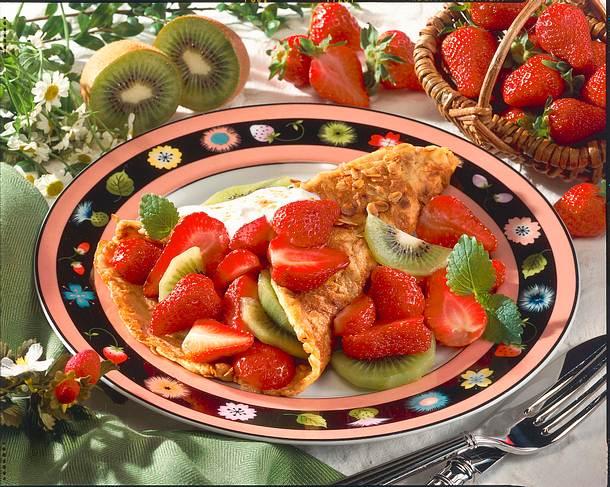 Haferflocken-Crêpe mit Erdbeeren Rezept