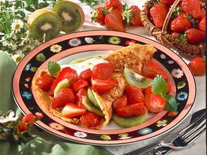 Haferflocken-Crêpes mit Erdbeeren Rezept