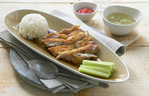Hainan Chicken Rice – Hähnchenkeulen mit Brühreis (AUSSENPRODUKTION) Rezept