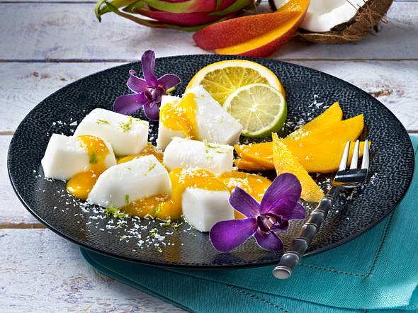 Haupia (Kokosmilch-Pudding) mit exotischem Fruchtsalat Rezept