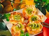 Hefe-Frischkäseteilchen mit Kiwis Rezept