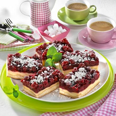 Hefe-Kirschkuchen mit Guss Rezept