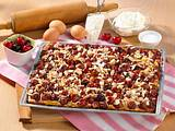 Hefe-Kirschkuchen vom Blech Rezept