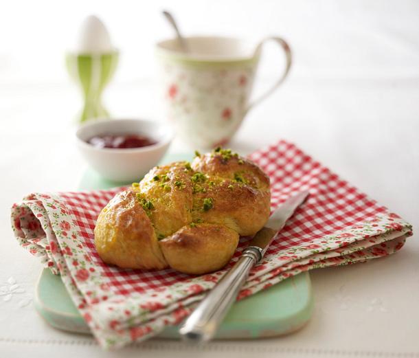 Hefezöpfchen (süße Brötchen) Rezept