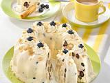 Heidelbeer-Buttermilch-Eistorte Rezept