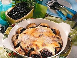 Heidelbeer-Pfannkuchenröllchen mit Quarkguss Rezept