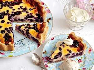 Heidelbeertarte mit Crème-fraîche-Guss Rezept