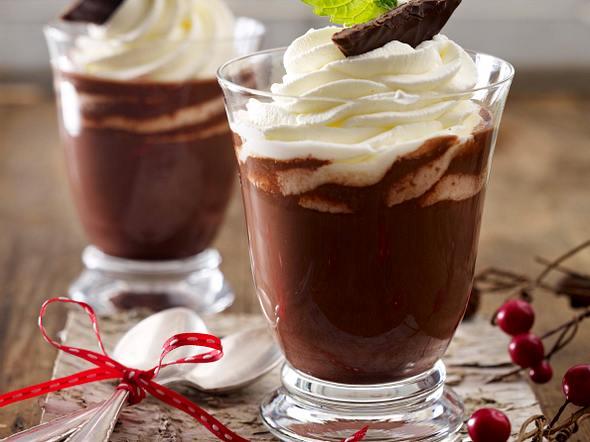 Heiße Rum-Minz-Schokolade Rezept