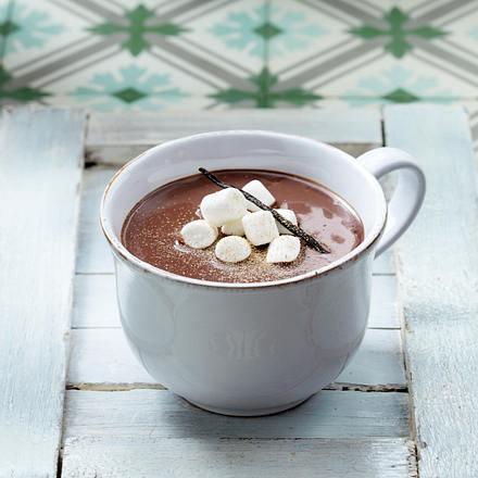 Heiße Schokolade 6 x anders: mit Vanille, Muskat und Marshmallows Rezept