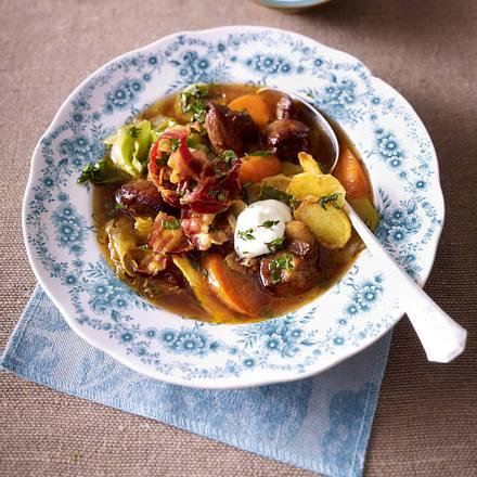 Herbstliches Weißkohl-Stew Rezept