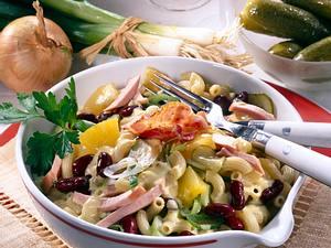 Herren-Salat mit Weinbrand-Soße Rezept