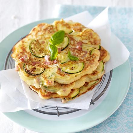 Herzhafte Küchlein mit Zucchini, Schinken, Basilikum und Ricotta (vier mal anders) Rezept