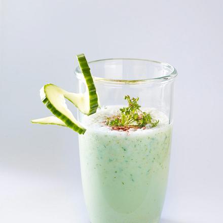 Herzhafte Milch-Shakes mit Salatgurke Rezept