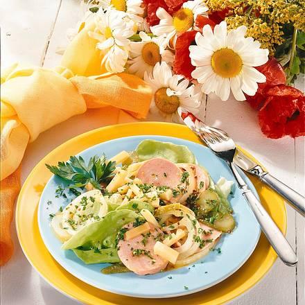 Herzhafter Käse-Wurst-Salat Rezept