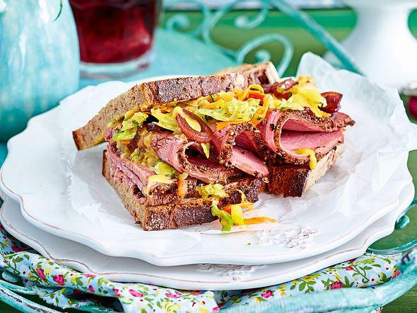 Herzhaftes Sandwich à la Pastrami Rezept