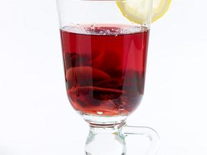 Hibiskustee mit Zitrone und Ingwer (Schlank-Tee) Rezept