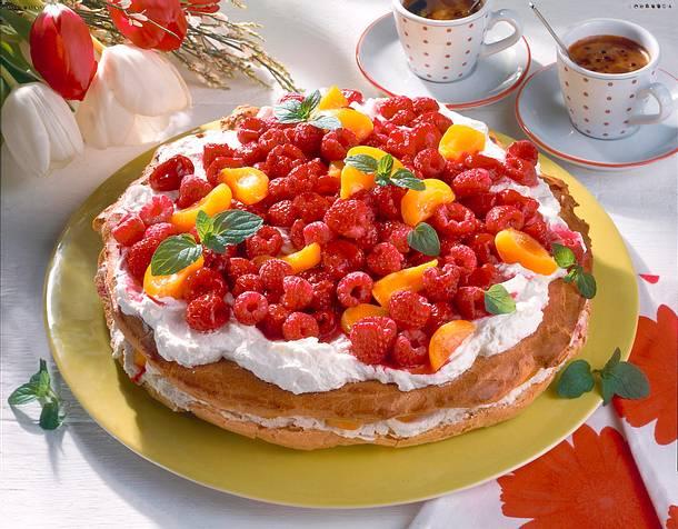 Himbeer-Brandteig-Torte Rezept