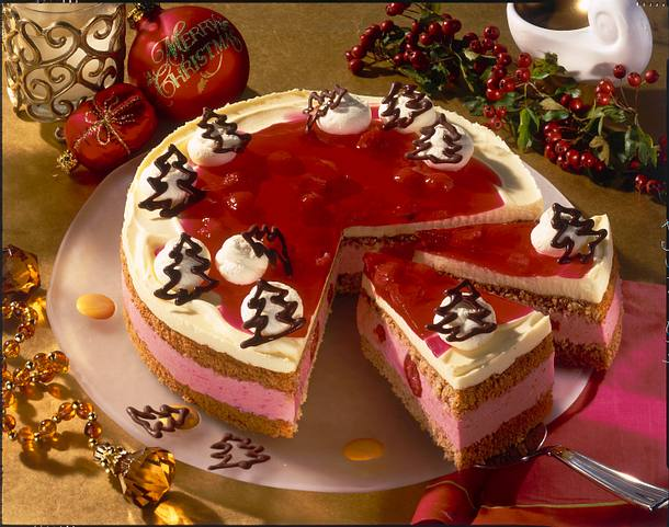 Himbeer-Eierlikör-Torte mit Lebkuchenbiskuit Rezept