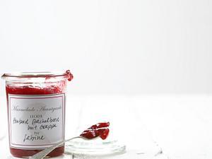Himbeer-Erdbeer-Konfitüre mit Grappa Rezept