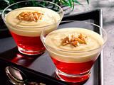 Himbeer-Götterspeise mit Vanillesoße und Mandeln Rezept