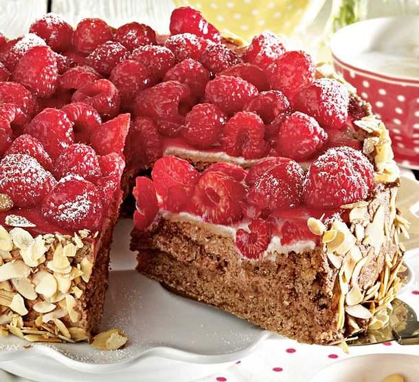 Himbeer-Marzipan-Torte Rezept