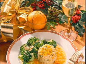 Hirse-Reisflan mit Orangen-Möhrensoße und Broccoli Rezept